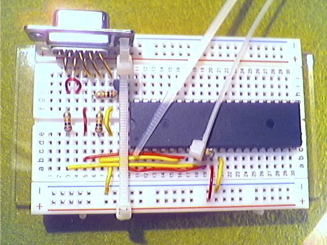 Schritt9 - Befestigen der Sub-D-Buchse mit Kabelbinder.