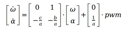 SYSTEM0 - Identifiziertes Übertragungsverhalten der Einachser-Strecke zwischen pwm als Eingang und der Winkelgeschwindigkeit ω als Ausgang im Zeitbereich.