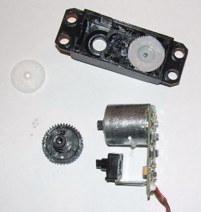 Herausgelöste Platine mit intaktem Potentiometer.